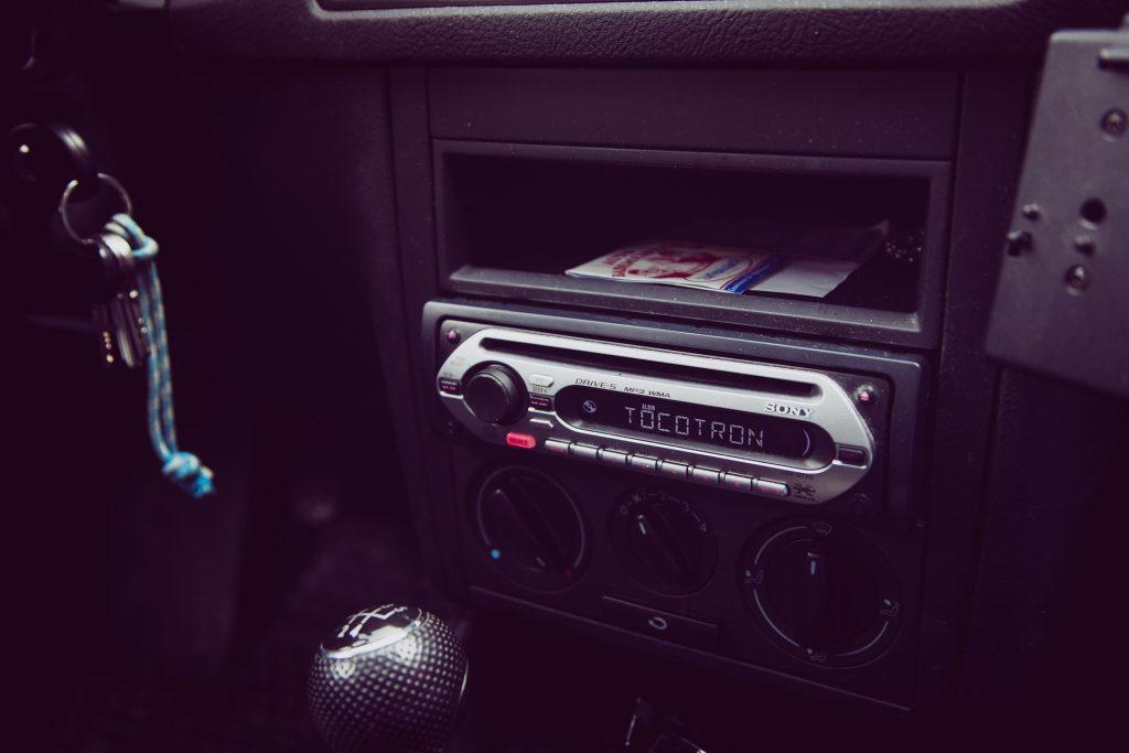 geluidsinstallatie auto kiezen