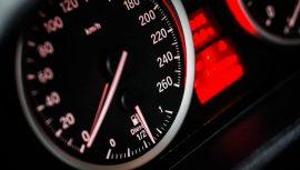 Beperk de schadelijke uitstoot van je auto